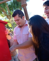 How many Barahona's does it take to operate a coin machine?