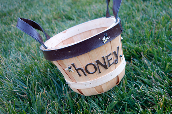 honey-pot-candy-basket
