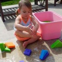 amelie-washing-feet
